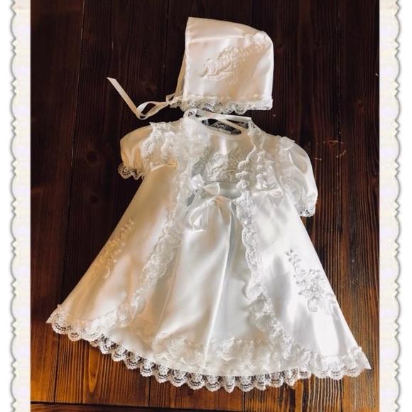 fe8e8c784 Baby girl Christening gown. M_5b2c004cd6dc52f520b8e4fd